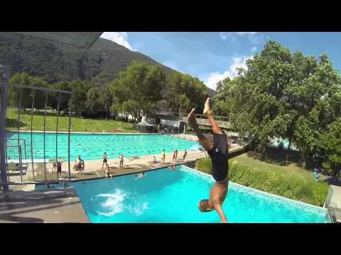Ci sono scimmie nel campeggioo vlog in campeggio w f for Vlog in piscina