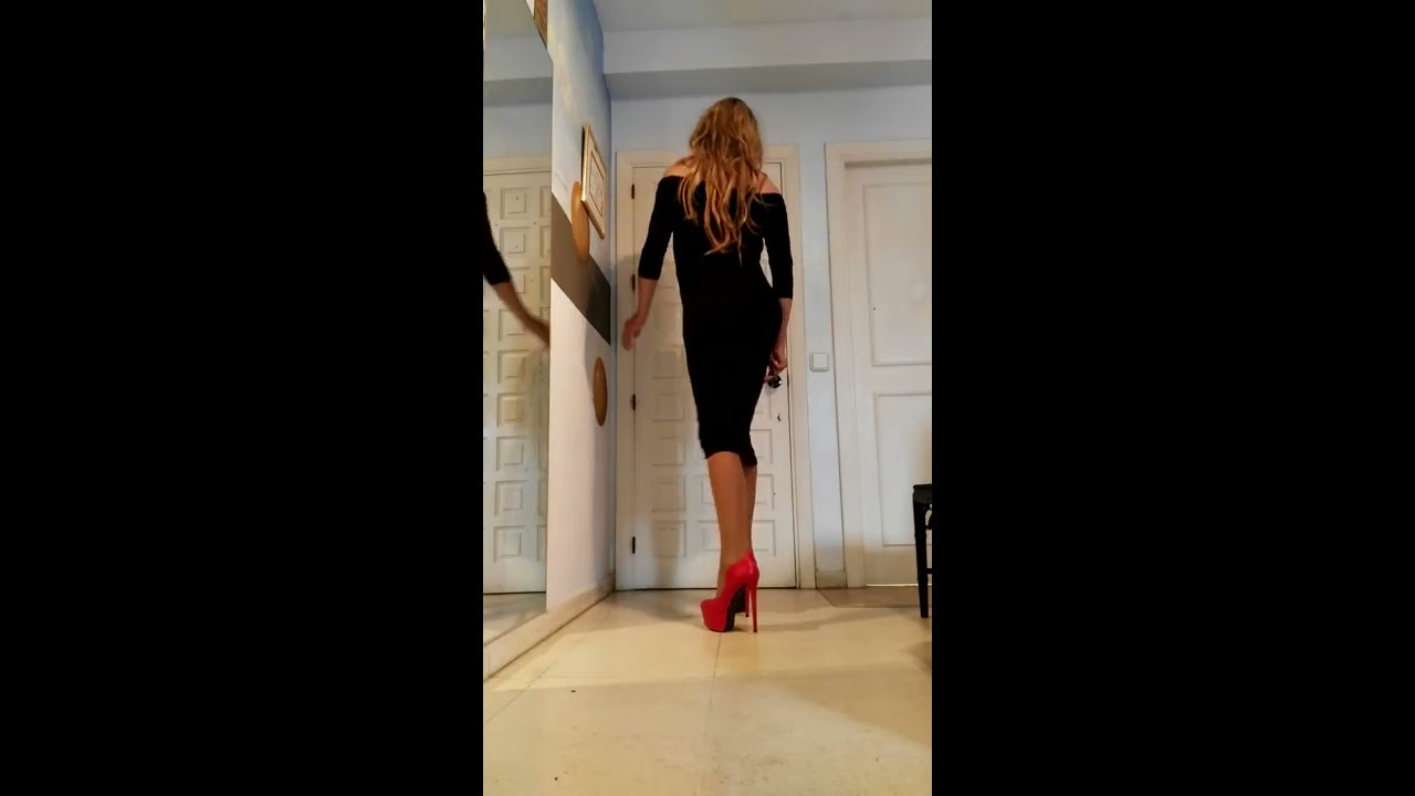Francis Crossdresser New Black Dress Without Shoulders
