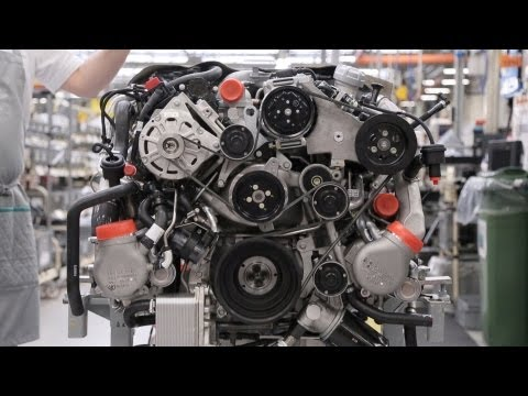 ► Bentley Factory - V8 Engine
