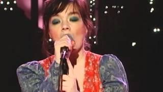 Björk - Cocoon and interview on Die Harald Schmidt Show (2001)