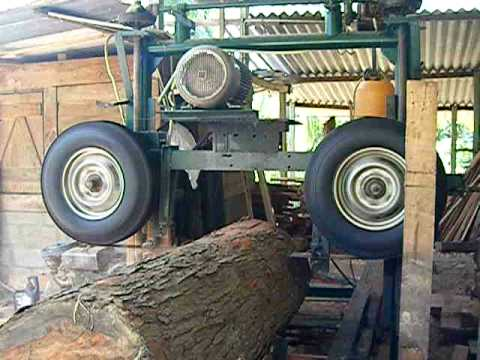 how to build a portable sawmill