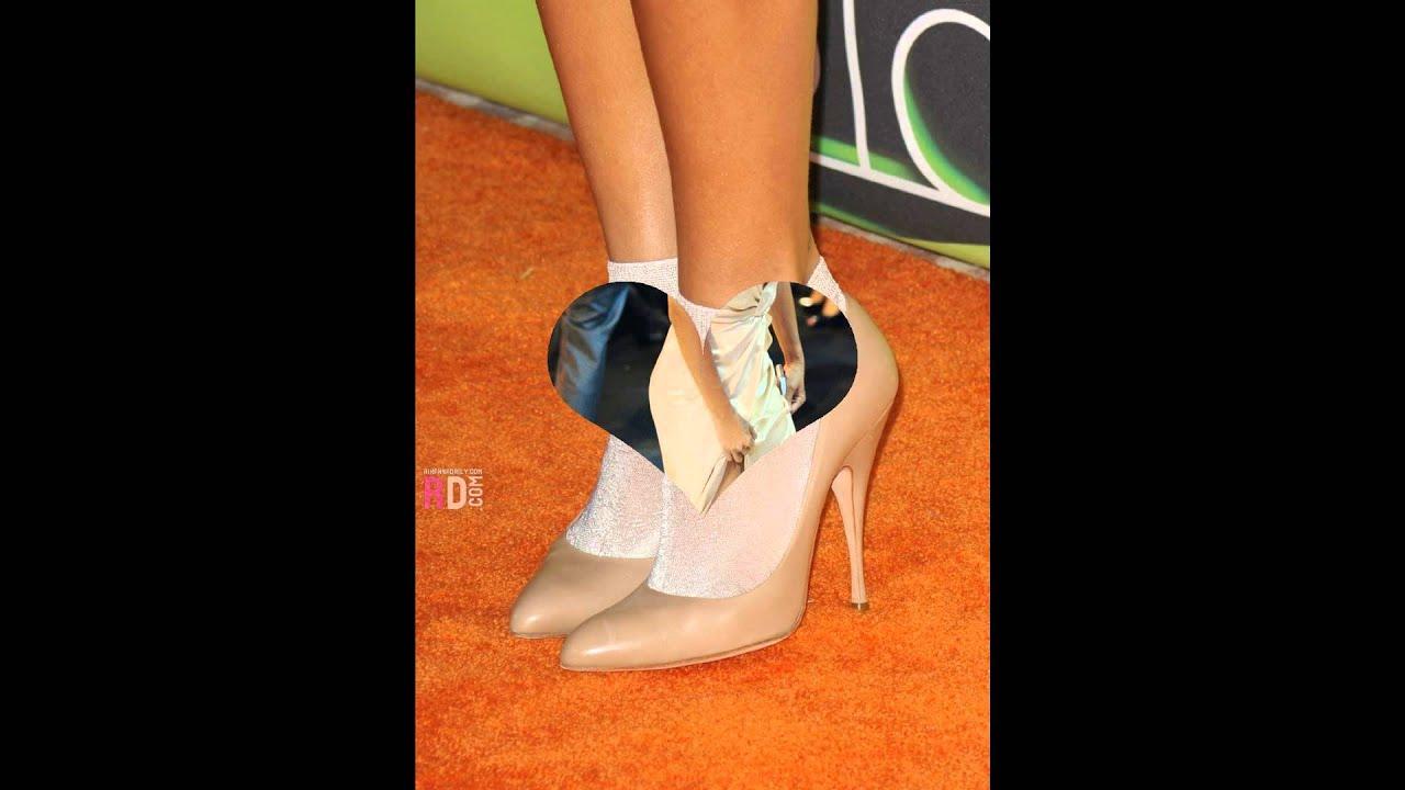 Rihanna Toes: Rihanna's Sexy Birthday Feet