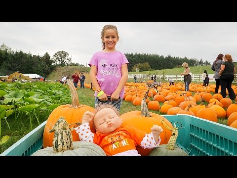 Reborn Baby Sophia Meets Amy Roloff Little People Big World Pumpkin Patch