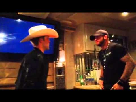 Brantley Gilbert Votes For Justin Moore