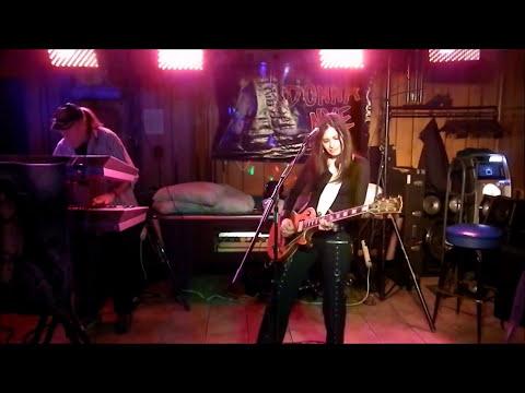june 3 2017 DONNA NYE BAND in Frackville Pa USA (female guitarist rock cover band original