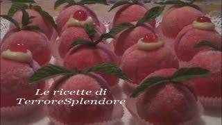 Pesche Dolci All'alchermes Con Crema Pasticcera
