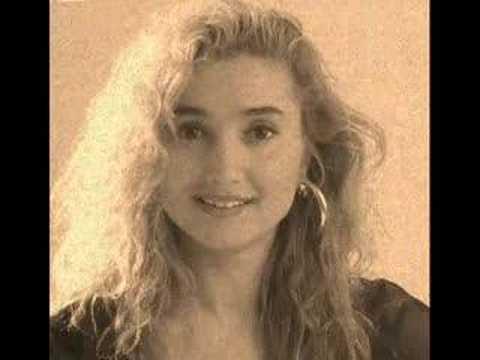 Yonca Evcimik-Sonbaharda Geleceğim 1991