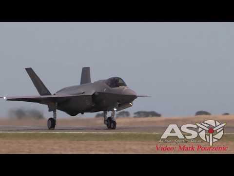Avalon 2017 Saturday Airshow  F-35 JSF