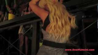 Blonde transsexual ,shemale, tranny dancing in club Ana Mancini