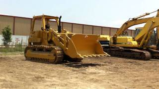 CAT 977L Track Loader Running.MOV