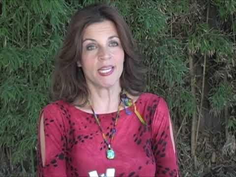 Pam Manganaro (Drummer) - Interview - Ladies Behin...