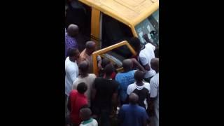 Repeat youtube video 4 phases of jungle justice in Lagos(4)