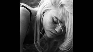 Sky Ferreira - Sad Dream (Acoustic Version)
