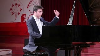 Ariel Lanyi plays Haydn Sonata Hob XVI:48