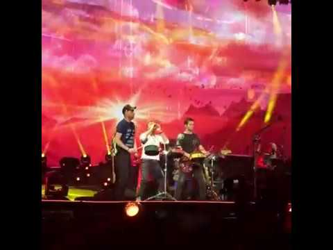 Coldplay - Hymn For The Weekend live in Leipzig - June, 14