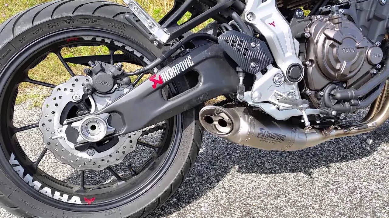 yamaha mt 07 exhaust sound akrapovic youtube. Black Bedroom Furniture Sets. Home Design Ideas
