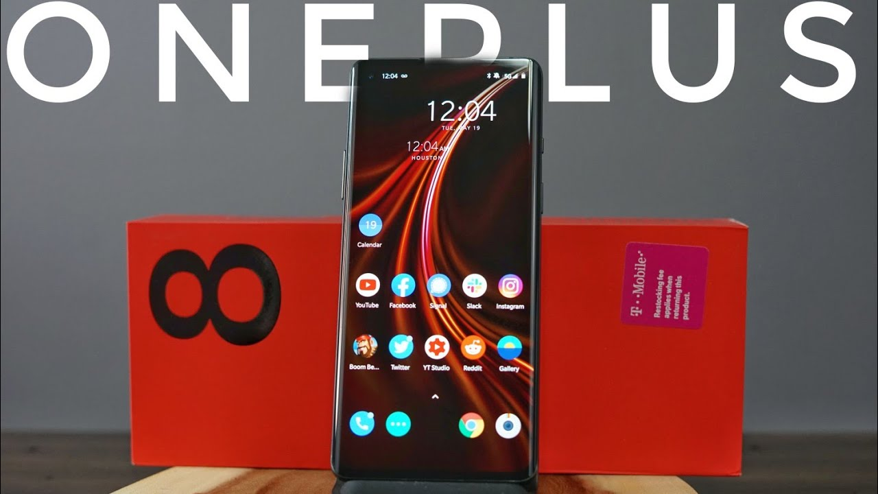 OnePlus 8 Unboxing and First Impressions: Hey... I Kinda Like It!