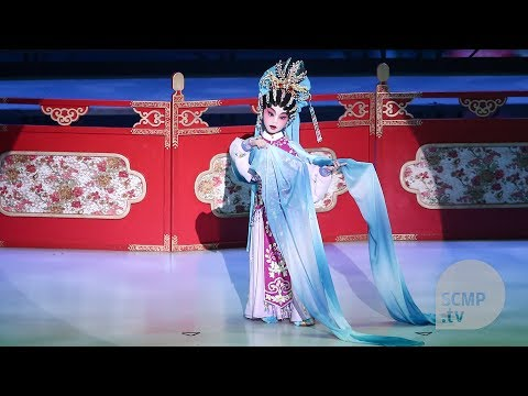 Children keep Cantonese opera alive in Hong Kong