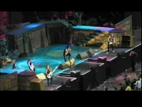 Iron Maiden-3.Revelations(Twickenham 2008)