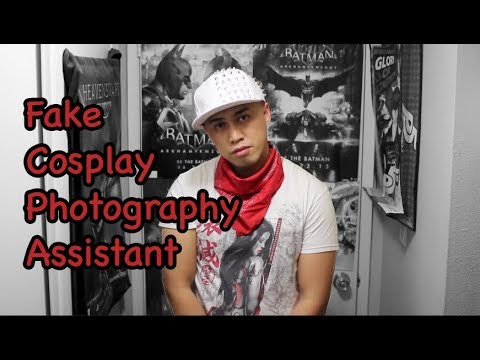 Fake cosplay photography assistant tries to scam girls for pics