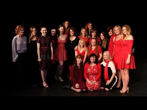 Former 'Annies' Including Sarah Jessica Parker Reunite For 40th Anniversary
