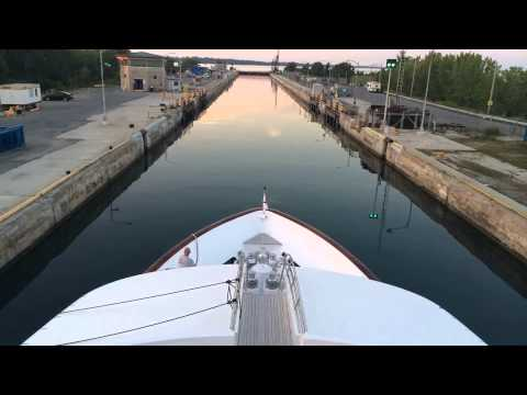 St Lawrence Seaway - Upper & Lower Beauharnois Locks - Time Lapse