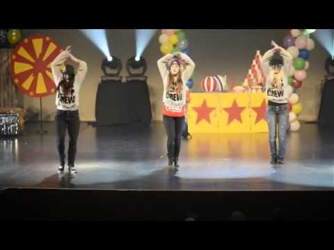 Studio de Danse Movin'UP 2013 - Movin'UP Crew . Snap back