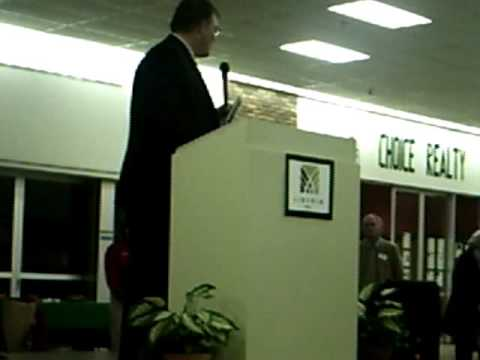 Freeport Illinois Lincoln Mall Home Hardware Oct 22, 2009.wmv
