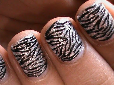 zebra nails - easy short nail art