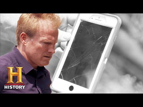 BIZARRE PHONE HACK WARNS OF DANGER: The Secret of Skinwalker Ranch (Season 2) | History