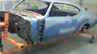 How To Spray Color, Stripes, and Clear on the 1971 Oldsmobile Cutlass S71 Video Part 1 V8TV