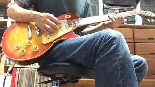 ジミー・ペイジの演奏では、ソロの前半は何を弾いてるのか分からないですが、こんな感じでどうでしょう。 '90 Gibson Les Paul Marshall Lead12 #ledzeppelin...