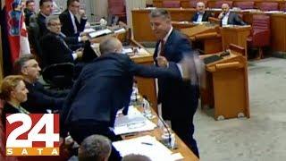 Trenutak u kojem je Krstičević 'pukao': Zgrabio je maketu aviona i bacio na pod!