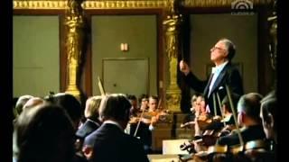 Karl Bohm dirigret die   Wiener Philharmonker   W A Mozart, MENUETT C DUR KV 409
