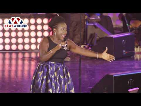 FULL VIDEO: Diana Hamilton performs at 2018 Adom Praiz concert