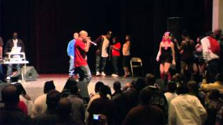 "Too Short ""Blow the Whistle"" Live in Chicago!!! Girls Shaking Money Makers"