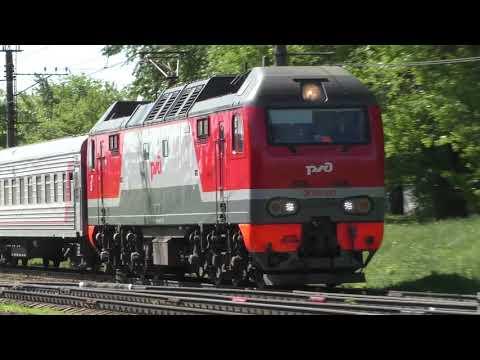 Электровоз ЭП2К-321 (ТЧЭ-33) с пассажирским поездом № 379В, Камышин - Москва.