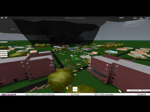 Roblox Tornado Chasers Pathfinder Storm Chasing Chase Of 4 7 18 Nighttime Multi Vortex Ef5 S Intense Lightning Youtube