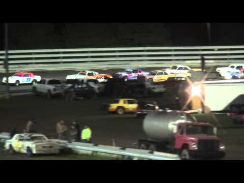 28th Annual Fall Challenge Night 1 Southern Iowa Speedway IMCA Hobby Stock feature 10/3/14