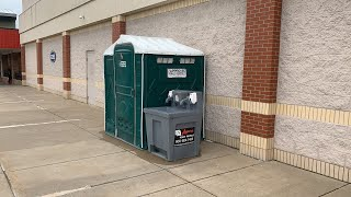 PUBLIC RESTROOM REVIEW- Porta Potty Outside Ross Dress For Less (Pittsburgh, PA)