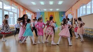 Утренник в честь 8 марта в группе Дружные ребята детский сад 2021 год