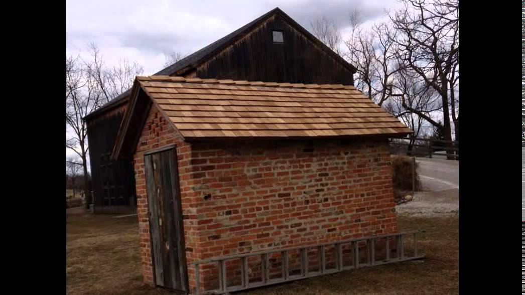 Asphalt Slate Clay Tile Wood Cedar And Flat Roofing