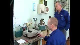 Работает группа по ремонту приборов давления цеха КИПиА