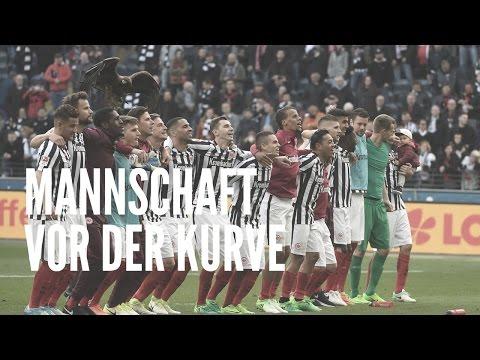 Eintracht vs. FC Augsburg   Kurve nach dem Spiel