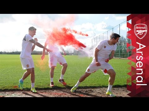 Arsenal stars celebrate Holi