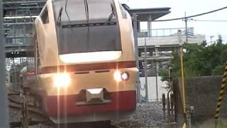 国鉄色のE653系K70編成が川越線に入線 ぶらり川越号
