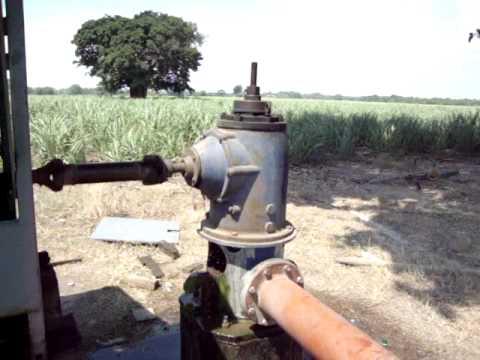 Sistema de riego bomba y pozo youtube for Bomba de agua para pozo