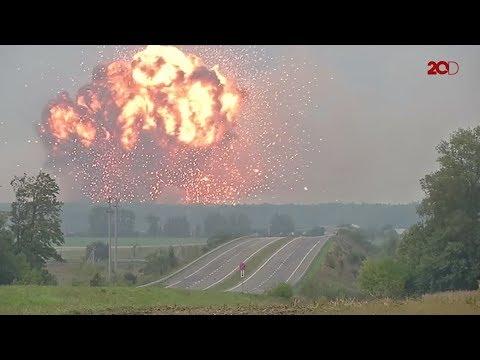 Dhuarr!! Gudang Senjata Pangkalan Militer Ukraina Meledak