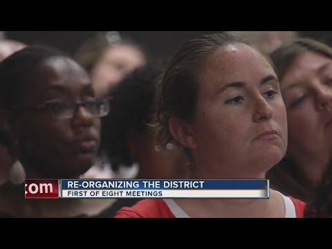 Emotions run high during Clark County School District town hall meeting