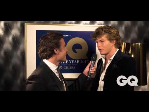 Australian Male Model Jordan Barrett Accepts His Man Of Style GQ MOTY Award